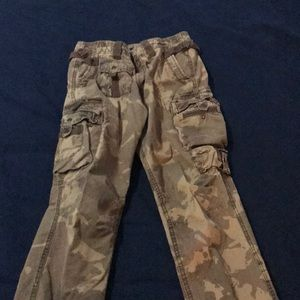 Fun camo casual pants